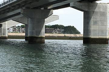 チニングポイント橋脚