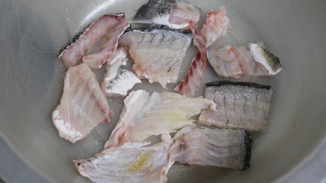 チヌ(黒鯛)料理あら処理