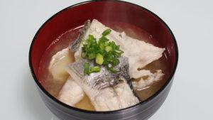チヌ (黒鯛)の味噌汁・あら汁
