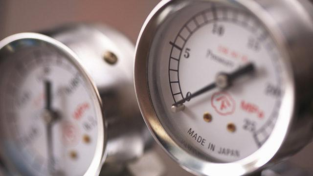 釣れる気圧を表す気圧計の画像