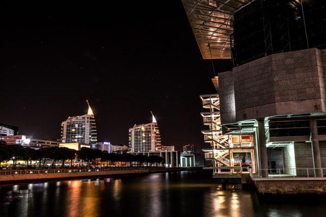 シーバスポイント夜の港湾部画像