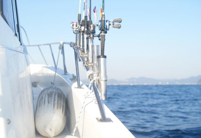 ヒラメ釣り遊漁船